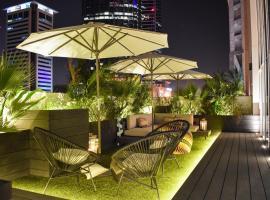 Higuests Vacation Homes - Marina Arcade, Dubaï