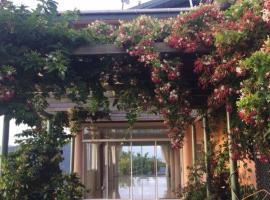 Paradise Villa, Maraval