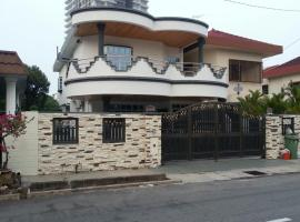 Bee's Villa, Танджунг-Бунга