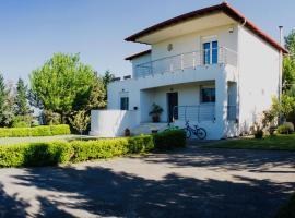 This wonderful 300m2 house in Gefira Thessaloniki..., Saloniki