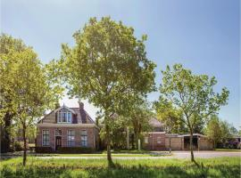 Five-Bedroom Holiday Home in Wijnjewoude, Wijnjewoude