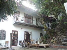 Harbour Cottage, Cat Ba