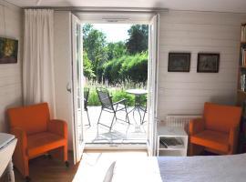 Room In Ekestad, Ekestad