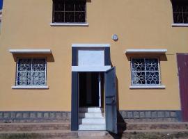 Villa Cassis, Ivato