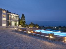 Mont Bleu Luxury Villa, Zákynthos Town