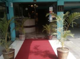 Paradise Hotel, Lima
