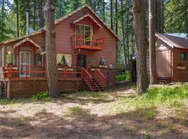 Palamino Cabin, Plain