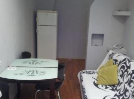 kvartira na ul.Gorgiladze,v 10 minutakh ot pliazha, Batumi