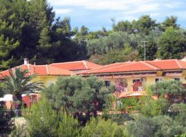 Villa Panorama Studios, Possidi