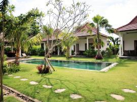 6 Bedrooms Mynah Villa Balangan, Jimbaran