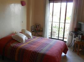 Jolie villa, Hofra Sidi Radi