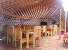 Khuvsgul Ikh Taiga Camp, Khyaktil