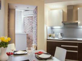 Apartment on Mieĺnikajte 12, Minsk