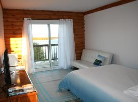 Tamarac Island Motel, Stokes Bay