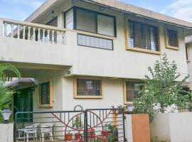 Bungalow with a pool in Malavli, Lonavala, by GuestHouser 60464, Lonavala