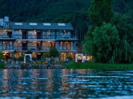 Luguhu Chunshu Lake View Guest House, Ninglang