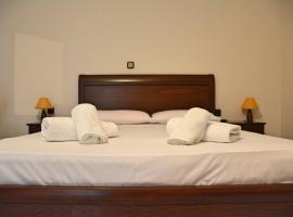 Mokos Rooms, Perdika