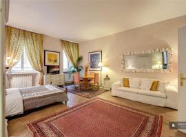 Sparkling 3 bedroom Apartment in Rome (FC8270), Rome