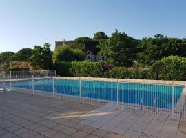 One Bedroom Pool Azur Best Housing, Fréjus