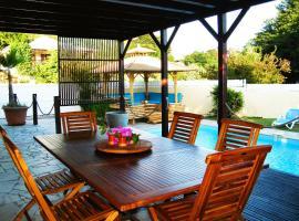 Villa avec piscine proche plage, Le Diamant