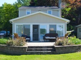 Reel Simple Cottage, Conesus