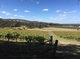 Warrenmang Winery & Resort, Moonambel