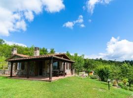 Casa Mezzavia, Piancastagnaio