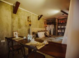 Monastery Suites, Oranjestad