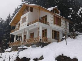 Cottage with parking in Manali, by GuestHouser 20050, Manāli