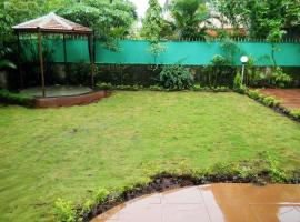 Bungalow with a pool in Lonavala, by GuestHouser 41422, Lonavala
