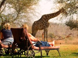 Mohlabetsi Safari Lodge, Balule Game Reserve