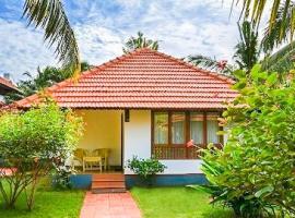 Cottage with breakfast in Thiruvananthapuram, by GuestHouser 42327, Pūvār
