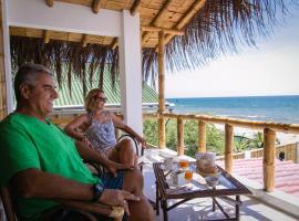 Paraiso Punta Mero, Canoas De Punta Sal