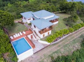 Two Bays Beach Villa, Apartment, and Studios, Lower La Tante