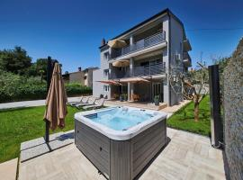 Apartment in Porec/Istrien 34703, Пореч