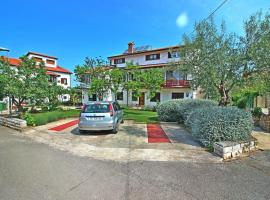 Apartment in Porec/Istrien 34446, Пореч
