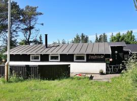 Three-Bedroom Holiday home in Ålbæk 7, Ольбек