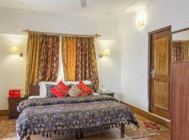 Boutique room in McLeod Ganj, Dharamshala, by GuestHouser 22670, Dharamshala