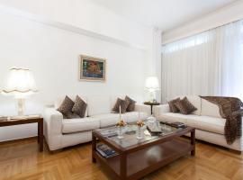 Beautiful apartment in Megaro Mousikis - Athens, Ateny