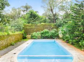Cottage with a pool in Valvan, Lonavala, by GuestHouser 46527, Lonavala
