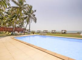 Beach-view cottage in Ashvem, Goa, by GuestHouser 41468, Morjim
