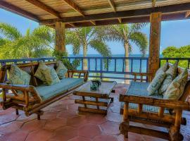 Villa Beachcliff, Lance aux Épines