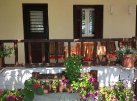 Sotiroulis Apartments, Néa Meságkala