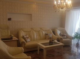Apartment Chernyakhovskogo 12, Пинск