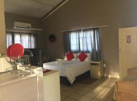 Ditlhapi Guest House, Shakawe