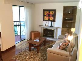 3BR near airport great location, Bogotá
