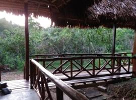 East West Lodge, Iquitos