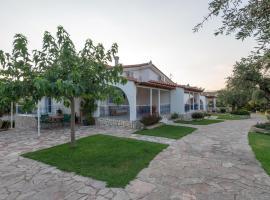 Villa Tasos Koutsoubos, Koróni