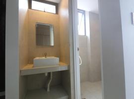 2BR 38GL Suites 2, Singapore
