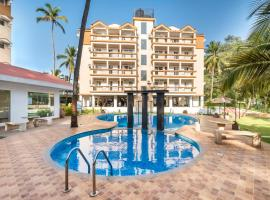 Apartment with pool in Arpora, Goa, by GuestHouser 62381, Arpora